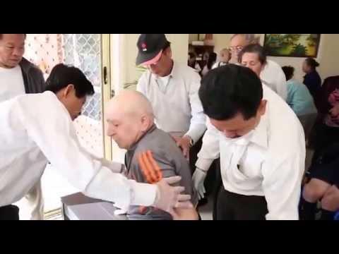 Lương y Võ Hoàng Yên chữa bệnh cho người nước ngoài tại Úc