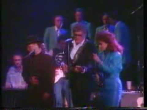 Carl Perkins & The Judds -  Blues stay away from me