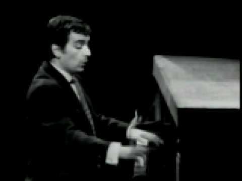 Dudley Moore interprets G. Fauré and F. Schubert