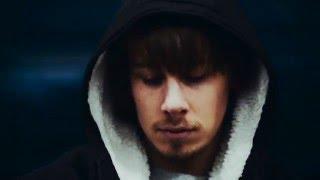 Olle Grafström - Ensam bland folk (Officiell Musikvideo)