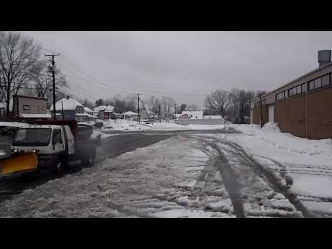Plowing Slush With 9ft HD Fisher Plow