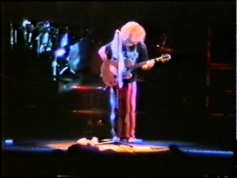 Van Halen Live - 13 - Sammy Haggar Solo - Give To...
