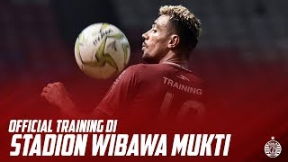 Download Video Official Training Persija di Stadion Wibawa Mukti, Cikarang MP3 3GP MP4