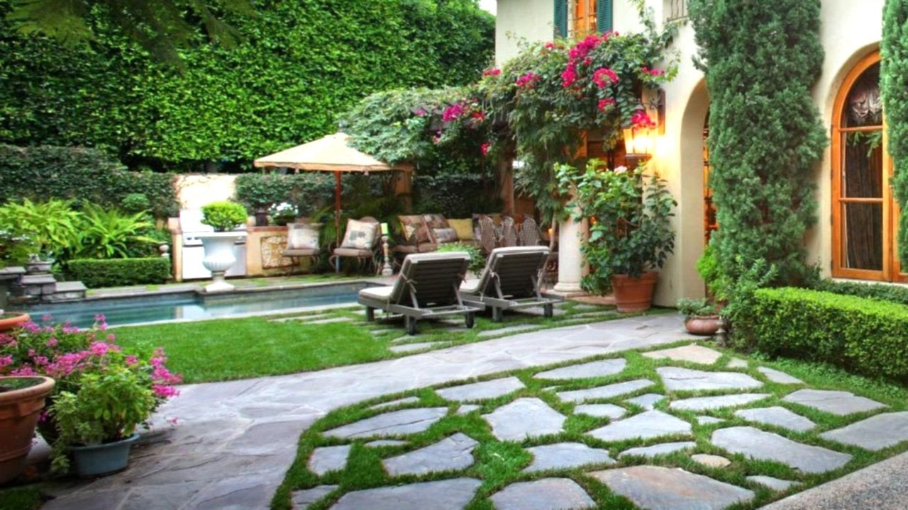 57 landscaping ideas for a stunning backyard landscape for Backyard landscaping pictures