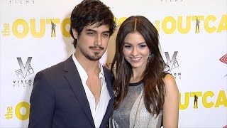 "Video Victoria Justice and Avan Jogia ""The Outcasts"" Premiere Red Carpet download MP3, 3GP, MP4, WEBM, AVI, FLV November 2017"