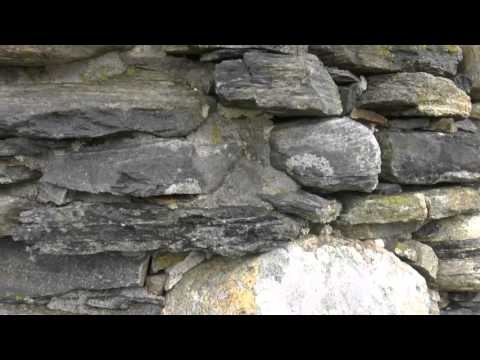 Traditional Hebridean stone cottage - almost no mortar at all!