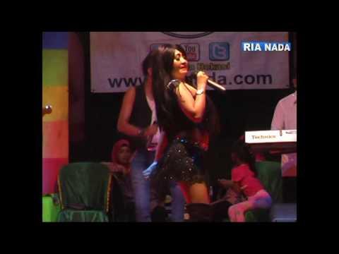 Ria Nada Ria Astarina - Rebutan Lanang, Celoteh Production