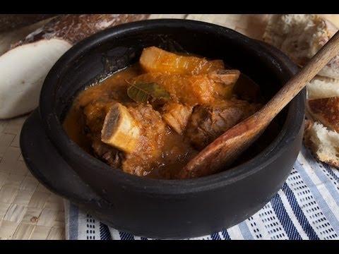 Vaca Atolada – Beef Ribs Stew with Cassava