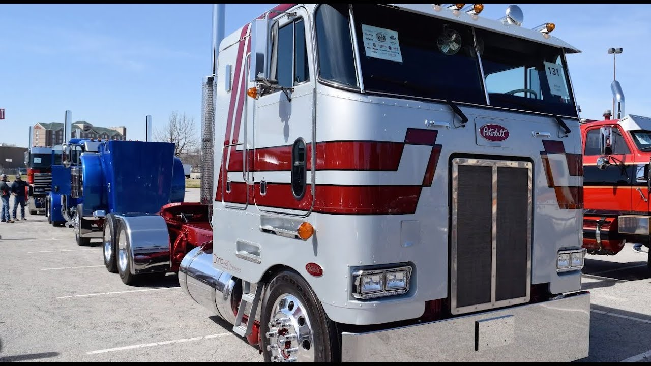 Donovan Transport's 1984 Peterbilt 362