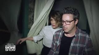 Sarah Paulson Andy Lassner Scream Their Way Through [RUS SUB]