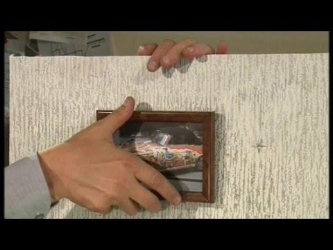 Как повесить фото на бетонную стену без сверления