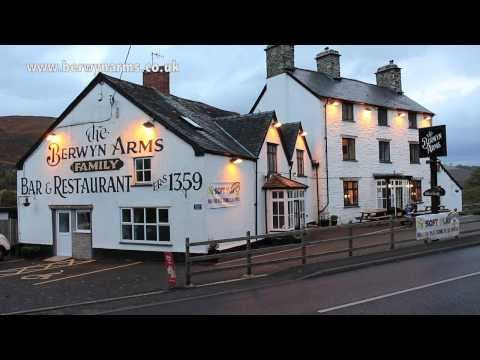 Berwyn Arms Hotel B&B Nr Llangollen North Wales Motorbike Biker Friendly Place To Stay / Eat