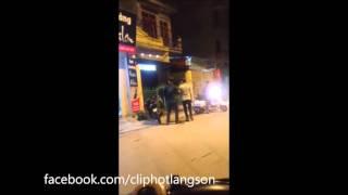 Lạng Sơn: Sự thật clip 2 thanh niên đánh 1 phụ nữ tại quán tóc Sơn Hoàng, Nguyễn Du
