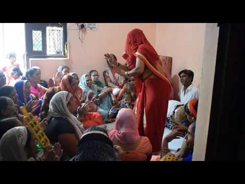 Languriya dhokhebaz rail me lut gayi re languriya lyrics लांगुरिया धोखे बाज़ रेल मे लुट गई रे लांगुरिया lyrics