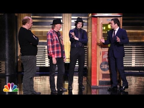 Neil Young and Jack White Demonstrate a Voice-O-Graph Machin