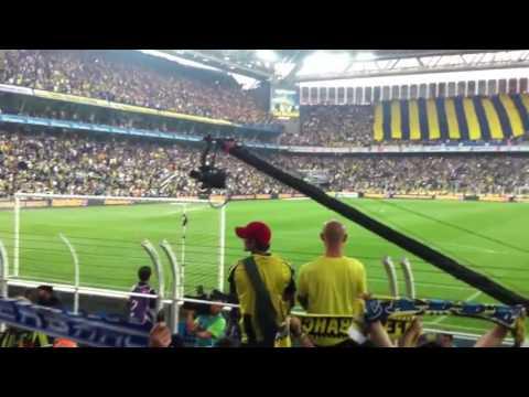 Fenerbahçe - Manchester United FC * Bir Şarkısın Sen