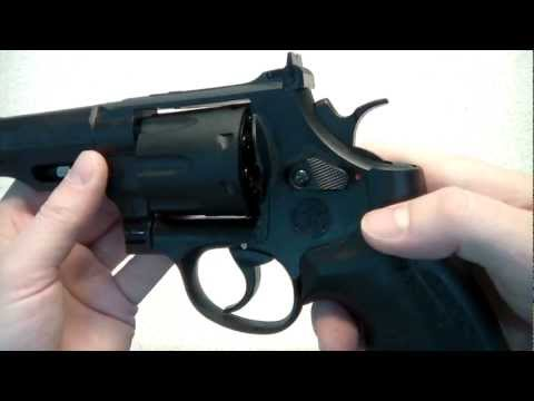 Review of Smith & Wesson M&P R8 BB Revolver