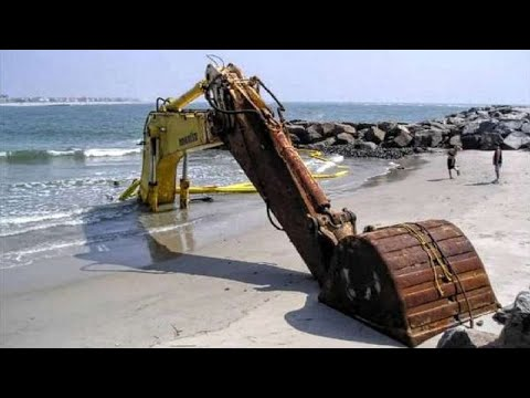 10 Extreme Dangerous Idiots Excavator Operator Skill - Fastest Building Demolition Excavator Skills