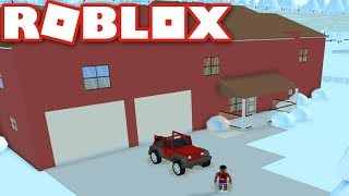 Living in the Neighborhood of Robloxia in Roblox!