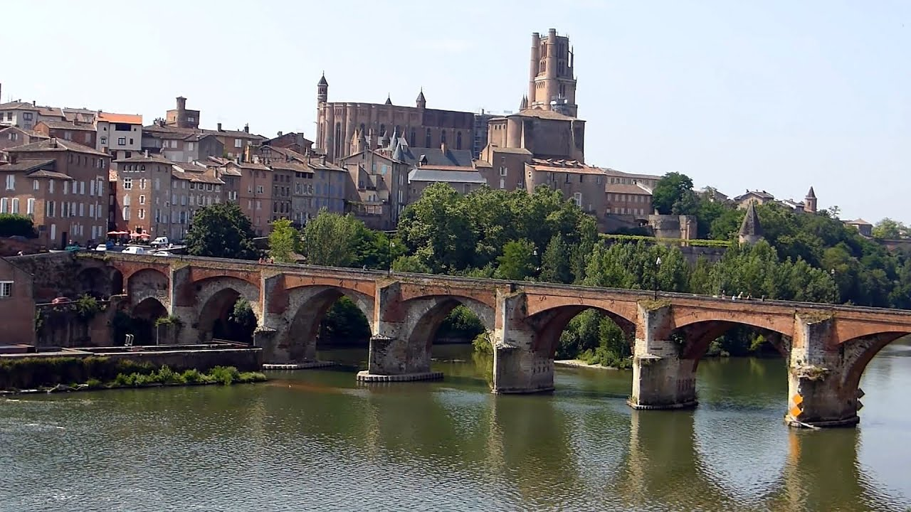 Albi part 1 vue g n rale de la ville hd youtube for Atlantis piscine albi
