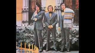 Los Hermanos Arriagada   CON MARIACHI   Río manso   Colección Lujomar
