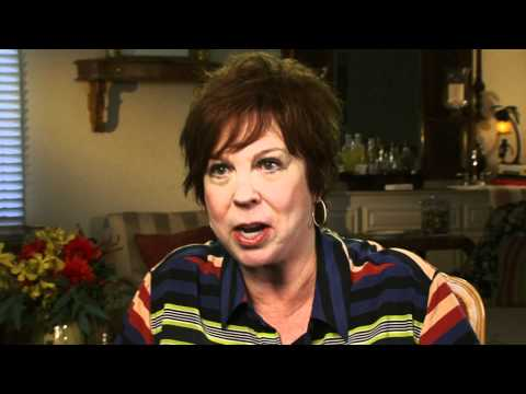 Vicki Lawrence on how she met Carol Burnett  EMMYTVLEGENDS.ORG