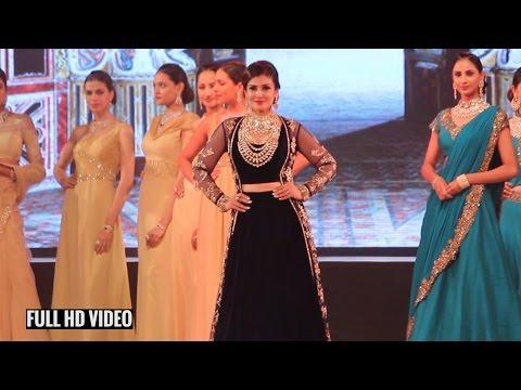 Raveena Tandon Ramp Walk | Indian Bullion & Jewellery Association IBJA fashion show