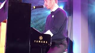 Chris Martin's song for Julia Roberts