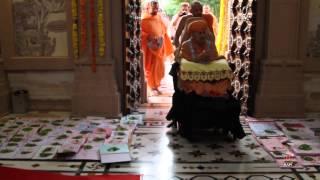 Diwali Celebrations - Guruhari Darshan 23 Oct 2014, Sarangpur, India
