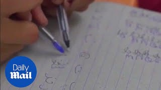 School teaches children how to write with both hands - Daily Mail