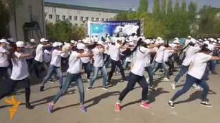 Флешмоб к 550 летию Казахского ханства