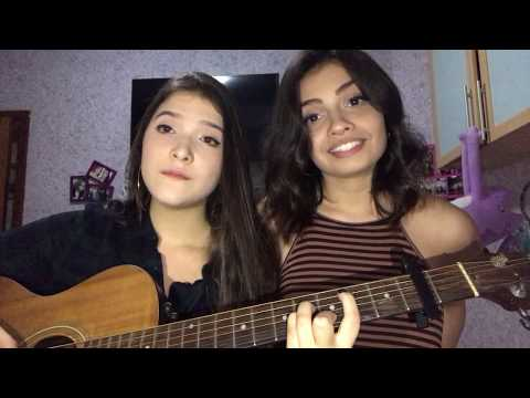 Despacito - Luis Fonsi Feat. Daddy Yankee (Cover Carolina Marcilio e Beatriz Oliveira)