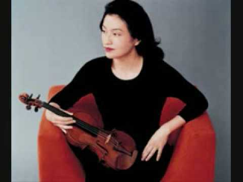 Rachmaninov: Dance hongroise/ Hungarian Dance, Op.6 No.2 by Kyung Wha Chung