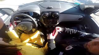 Учим девушку на BMW ездить на «механике»