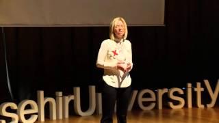 Tam ve Mükemmel | Merve Öztürk | TEDxBahcesehirUniversity