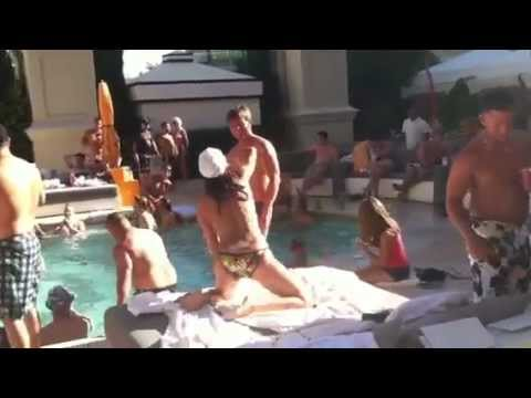 Las vegas topless swimming pools