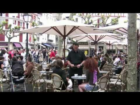 Chants basque avec ARRANTZALEAK à St Jean de Luz.mp4