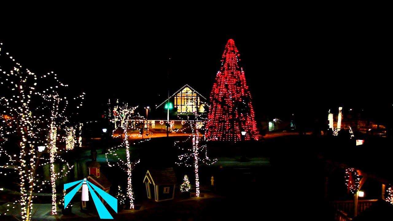 "LL Bean Christmas Tree Display ""Russian Dance"" - YouTube"