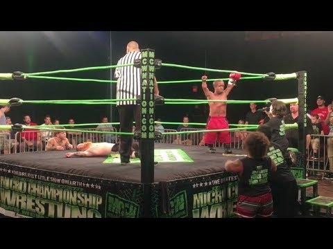 See Midget Wrestling Match PREDICT Winner of McGregor vs Mayweather Fight!