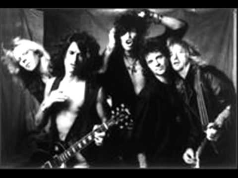 Songtext von Aerosmith - Living on the Edge Lyrics