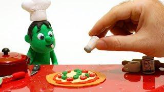 Hulk cooking pizza Superhero Babies Cartoons Play Doh Stop Motion for kids