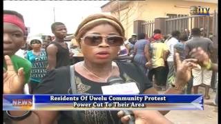 Residents Of Uwelu Community Protest Power Cut To Their Area