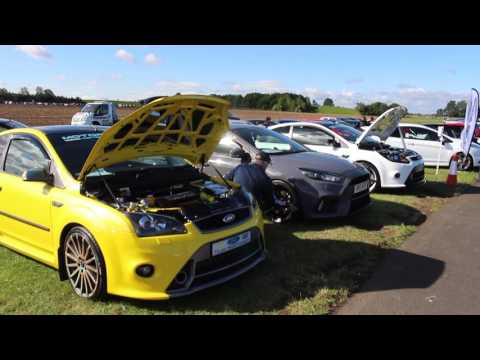 Petrol and Pistons show 2016 at croft