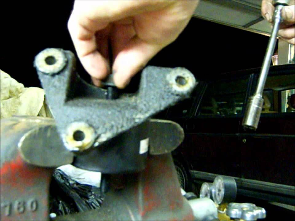 93 Volvo 240 Classic Motor Mount Replacement Youtube
