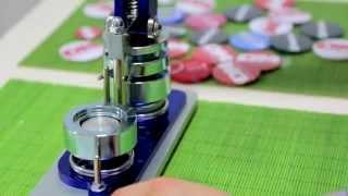 Закатные машинки для значков(Обзор машинок для изготовления значков Купить - http://goo.gl/bjhaF5., 2015-08-25T06:35:05.000Z)