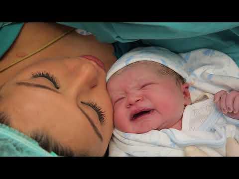 Yaman bebek doğum klibi Op. Dr. Ayhan Yılmaz