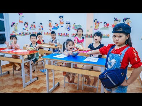 Kids Go To School | Boss Chuns And Friend Play Games In Class Teacher Punished The Whole Class