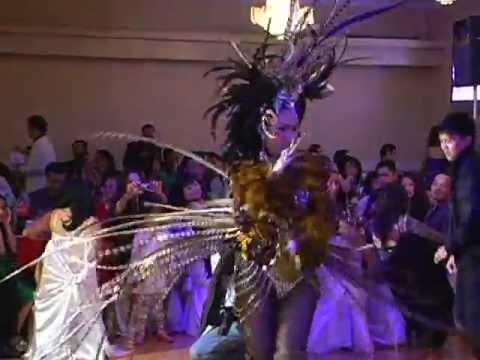 Ca Si Ai Xuan 12/26/2010 Show Ky Niem 13 nam Tiem Vang MaiLy