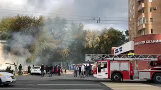 На улице Таганской сгорело летнее кафе