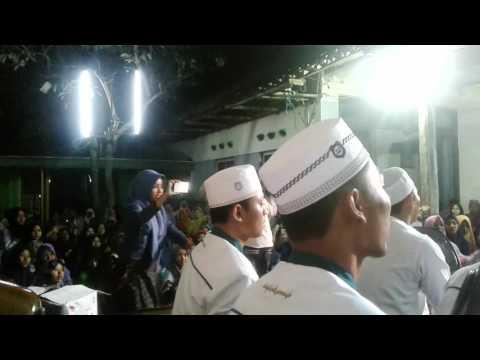Allahumma bariklana   Habib Syafiq diiringi hadroh safinatunnaja Kudus(papringan)